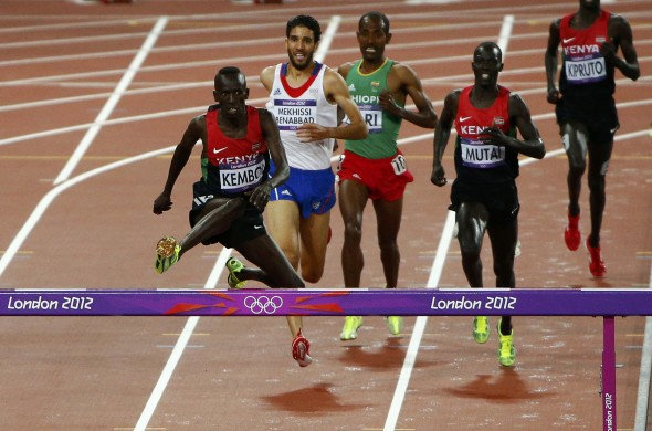 Kenya's Ezekiel Kemboi runs to win the men's 3000m steeplechase final during the London 2012 Olympic Games at the Olympic Stadium